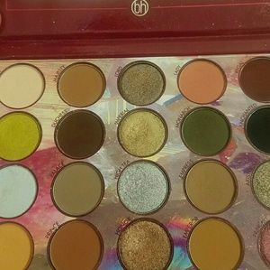 Bh cosmetics Royal Affair Palette swatched